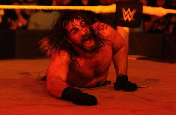 seth-rollins-kane-hell-in-a-cell